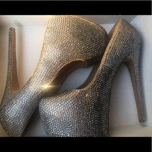 Steve Madden 'Dandy' Heels Size 8